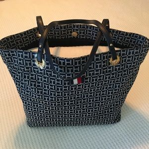 Tommy Hilfiger Tote Bag - Navy & White